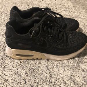 Nike Air Max 90 Ultra Plush Sneakers 6.5